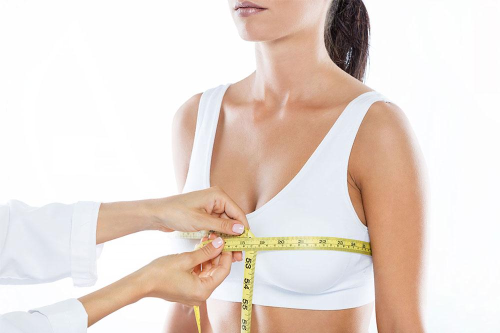 Zmenšenie prsníkov – redukčná mammaplastika